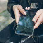 """7 znakova koji """"vrište"""" da vam treba novi mobitel"""